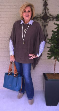 Fashionable over 50 fall outfits ideas 76