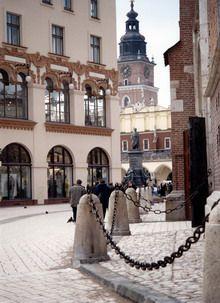 PLAC, RYNEK - Place sprzężone, Rynek Główny i plac Mariacki, Kraków. Foto. Janusz A. Włodarczyk.