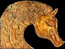 Anglo-Saxon horse head part of the Saxon hoard found in Staffordshire - 2 inches tall