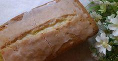 清香檸檬糖霜磅蛋糕 ~ Lemon Pound Cake 的精彩食譜。午餐吃完了吧!   要不要來份甜點呢?   自家製檸檬蛋糕最貼心   而且檸檬清香好迷人   我最喜歡的蛋糕之一呀 ~     詳盡內容請click入我的blog中觀賞:   http://osharekitchen.blogspot.tw/2017/03/lemon-pound-cake.html