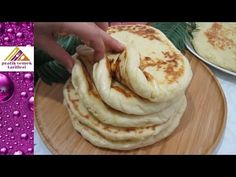 Turkish style bread recipe Yumuşacık yağlı bazlama tarifi Pratik Yemek Tarifleri Sulu yemekTarifleri videolu tarif – Las recetas más prácticas y fáciles Pasta Recipes, Bread Recipes, Cooking Recipes, Bread And Pastries, Tasty, Yummy Food, Base Foods, Bon Appetit, Food And Drink