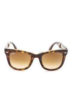 Unisex Folding Wayfarer Light Havana Plastic Sunglasses