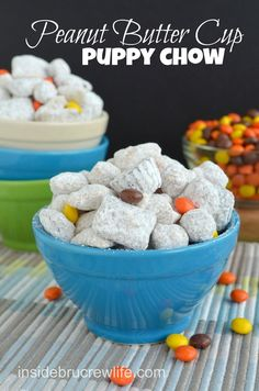 Reese's Peanut Butter Cup Puppy Chow - Chex and Reese's Puffs cereal coated in peanut butter chocolate and tossed with two kinds of Reese's candies www. That is if the peanut butter cups haven't all been eaten. Peanut Butter Cups, Delicious Desserts, Yummy Food, Awesome Desserts, Dessert Healthy, Puppy Chow Recipes, Chex Mix, How Sweet Eats, A Table