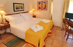 palm-gardens-guest-room