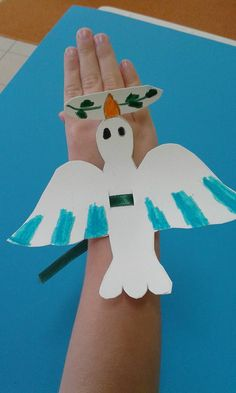 Preschool Education, Preschool Themes, Autumn Activities, Activities For Kids, Peace Crafts, Paper Mache Animals, Easy Arts And Crafts, Easter Crafts For Kids, Holiday Crafts