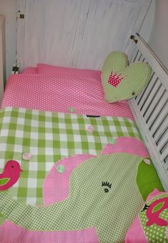 Dekbedovertrek Olifant in roze en lime - maatwerk Bedding Elephant in sweet pink & lime #wazzhappening