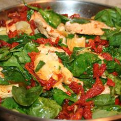 Sun-dried Tomato Chicken with Artichokes and Spinach –I've already made this and it's delicious! #paleo #whole30