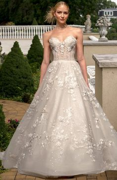 Glamorous Wedding Dresses with Couture Details | Glamorous Wedding Dresses, Eve Of Milady and Couture Details