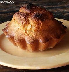 Tourte des Pyrénées, cela fait 8 ans que je vis à Toulouse et autant de temps que ce gâteau me donne envie,j'en ai mangé 1 fois, le hic , son prix , je ne comprends pas pourquoi ce gâteau, même artisanal qu'il soit, est aussi cher. Que cela ne tienne... Lemon Drizzle Cake, Beignets, Let Them Eat Cake, No Bake Cake, Biscuits, Buffet, Sweet Tooth, Deserts, Brunch