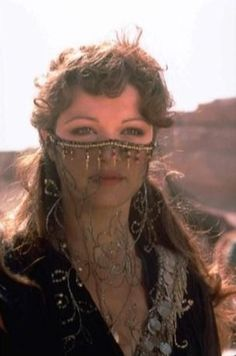 Rachel Weisz was beautiful before she had her face fixed-- noticeably different in Mummy II.