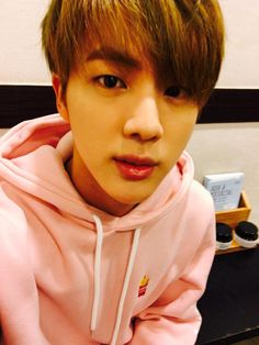 Jin looks cute in this picture!! ❤️
