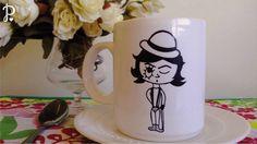 Tazas de cerámica sublimadas Diseño: Alex Tamaño: 10 cm de alto x 8,5 cm de diámetro. Aptas para microondas