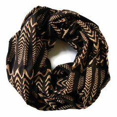Infinity Scarf Illusion Waves