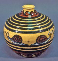 Vase: snail motif Casa Giuseppe Mazzotti ( Maker )  1926-7