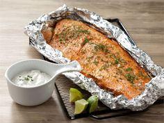 Grillattu lohifilee Ketogenic Recipes, Low Carb Recipes, Diet Recipes, Vegan Recipes, Finnish Recipes, Scandinavian Food, Good Food, Yummy Food, Fast Dinners