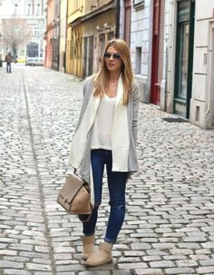 Stylish ways to wear Uggs boots – Just Trendy Girls | Trendy street styles in 2018 | Pinterest | Uggs, Stylish and Girls