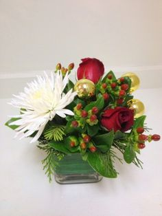 Dragonfly Flowers - Touch Of Christmas, $30.00 (http://www.dragonflyflowers.com/touch-of-christmas/)