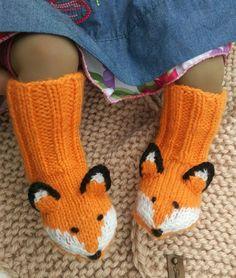 Sock Knitting, Knitting For Kids, Crochet For Kids, Free Knitting, Knitting Projects, Knitting Patterns, Sock Animals, Knitted Animals, Kids Socks
