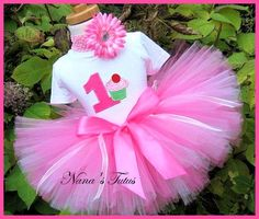 Cupcake Themed First Birthday Party | 1st Birthday Girl Cupcake with number, Party Outfit,Birthday cupcake ...
