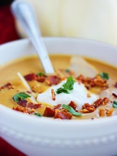 """Creamy Pumpkin Soup Recipe from The Comfort of Cooking. """"I'll just be right out with it – this pumpkin soup is the best soup I've ever made! Pumpkin Recipes, Fall Recipes, Soup Recipes, Cooking Recipes, Healthy Recipes, Cooking Tips, Creamy Pumpkin Soup, Pumpkin Puree, Gastronomia"""