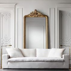 All white living room with a touch of gold thanks @homeadore #home #homedecor #the_real_houses_of_ig #interiordesign #home #furniture #interior #interiors #architecture #design #moderndesign #nj #nyc #ny #instahome #luxury #modern #likes #like #decoration #house #dreambig #instafollow #photooftheday #instadaily #allwhite #livingroom #livingroomdecor by the_design_house_for_home