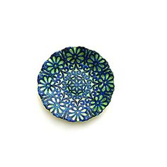 @Overstock - This dinnerware is hand-painted using patina paints and finished with gold and silver colored metal leafs gilded on the surface. All decorations are meticulously applied to give a unique aged view to each piece. http://www.overstock.com/Home-Garden/Arda-Harem-Blue-Green-Gilded-Salad-Plates-Set-of-4/6585577/product.html?CID=214117 $76.99