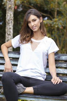 @maple_col  Camiseta blanca + malla /// White tee + mesh ******** #ponteMaple White Tees, Mesh, Shoulder, Tops, Women, Fashion, Leotards, Moda, Fashion Styles