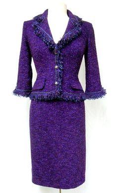 st john suits, prefer in navy Tweed Suit Women, Tweed Suits, Suit Fashion, Womens Fashion, Dope Fashion, Street Fashion, Estilo Coco Chanel, Dress Suits, Skirt Suit