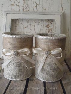 Original Pinner States: Burlap vases 2 upcycled tin can containers. Would make good centerpieces, pencil/pen holders, wedding gift, organizing about anything.Burlap vases 2 upcycled tin can for head table evenly spaced to place bridesmaids bouquets i Burlap Projects, Burlap Crafts, Craft Projects, Tin Can Crafts, Diy And Crafts, Arts And Crafts, Burlap Lace, Hessian, Burlap Ribbon