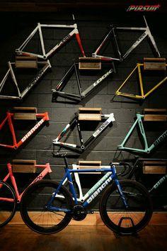 Bianchi Fixie, fixed gear Bike Shop, Bicycle Store, Fixed Gear Bicycle, Bicycle Race, Bici Fixed, Range Velo, Speed Bike, Bike Storage, Bike Style