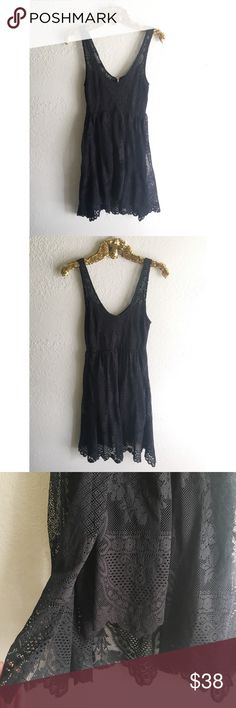 Free People Lace Dress Excellent condition! No flaws to mention. Black lace with gold metallic threading throughout. Free People Dresses