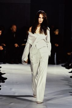 Ann Demeulemeester Spring 1997 Ready-to-Wear Fashion Show