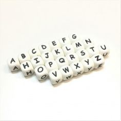 CA 250 lettres blanches perles 7 x 4 mm lettres perles lentilles