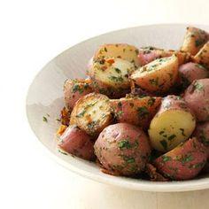 Herbed Garlic Potatoes- Side Dish #tasteofhome #easterdinner