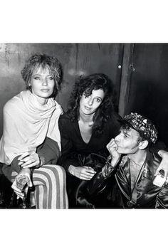 Veruschka with Debra Winger and Ara Gallant in New York, 1988.
