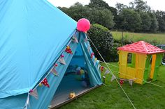 Kids party tent - glamping