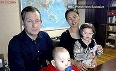 """El profesor interrumpido por sus hijos durante una emisión en la BBC: """"Sí, llevaba pantalones"""""""