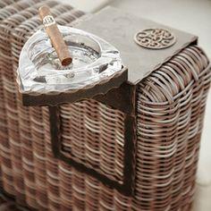 A wrought iron ashtray for the demanding customer Blacksmithing, Wrought Iron, Design Art, Picnic, It Works, Basket, Blacksmith Shop, Picnics, Blacksmith Forge