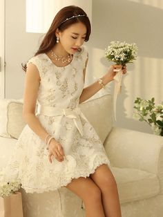 white lace dress vintage