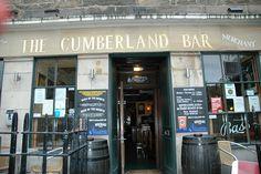 La stupenda Edimburgo di 44 Scotland street di Alexander McCall Smith