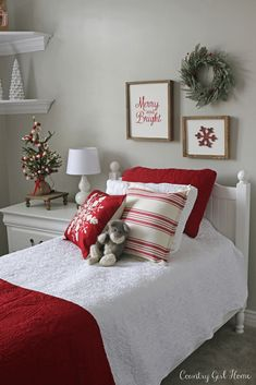 39 Trendy & Cozy Christmas Bedroom Decorating Ideas, - Trendy & Cozy Christmas Bedroom Decorating Ideas, holiday home decor, - Farmhouse Christmas Decor, Cozy Christmas, Beautiful Christmas, Christmas Holidays, Xmas, Country Christmas, Christmas Vacation, Primitive Christmas, Outdoor Christmas