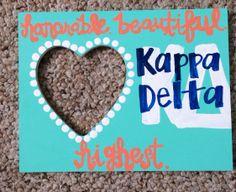 Kappa Delta craft Kappa Delta Crafts, Kappa Delta Sorority, Alpha Sigma Alpha, Sorority Crafts, Sorority Life, Big Little Week, Greek Gifts, Delta Girl, Sorority Outfits