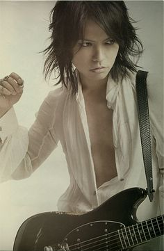 HYDE (L'Arc~en~Ciel) in WHAT's IN? (Japan music magazine) 2012. J-rock.