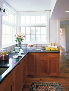 #Kitchen Idea of the Day: Shaker Kitchens. (By Crown Point Cabinetry)