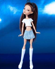 Ariana Grande Custom all finished ... #artdoll #colourtothebone #customdoll #customrepaint #customooak #custommonsterhigh #create #doll #dollooak #etsy #etsyshop #etsyseller #reroot #monsterhighreroot #kindmonsters #mh #monsterhigh #monsterhighrepaint #monsterhighcustom #monsterhighooak #ooakdoll #ooakmonsterhigh #ooakcustom #ooakrepaint #repaint #tearsofcolour #tcdap #arianagrande