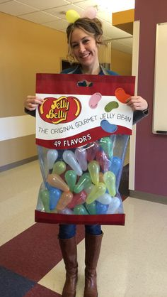 Spooky DIY Halloween Costumes for Teenage Girls that Keeps up With The Latest Trends ⋆ BrassLook Jelly Bean Halloween Costume, Spider Halloween Costume, Homemade Halloween Costumes, Halloween Costumes For Girls, Halloween Diy, Halloween Decorations, Jelly Bean Kostüm, Costumes For Teenage Girl, Candy Costumes
