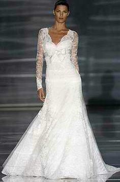 Lace/ribbon wedding dress