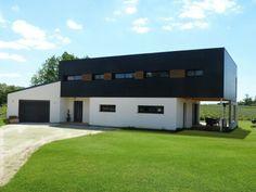 Maison ossature bois bbc - bardage composite fundermax, enduit sur fibre de bois, et bardage vibrato