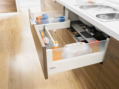 Find additional storage space for your kitchen under the sink!