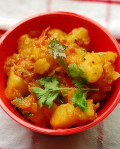 Low FODMAP Vegetarian Recipe and Gluten Free Recipe - Potato curry http://www.ibscuro.com/low_fodmap_vegetarian_recipes_potato_curry.html